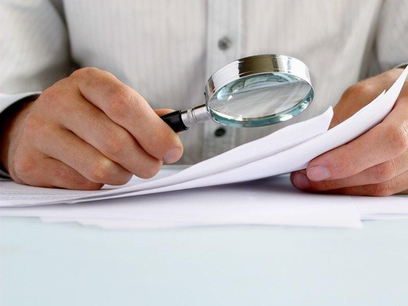 Vorsicht vor finanziellen Kopfschmerzen nach dem Ferialjob - mögliche Konsequenzen bei Steuer, Sozialversicherung und Familienbeihilfe