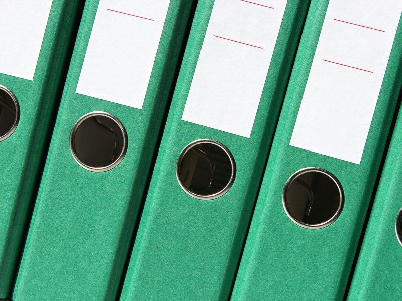 Prüfungsverfahren zur Neuregelung der Besteuerung von Managergehältern